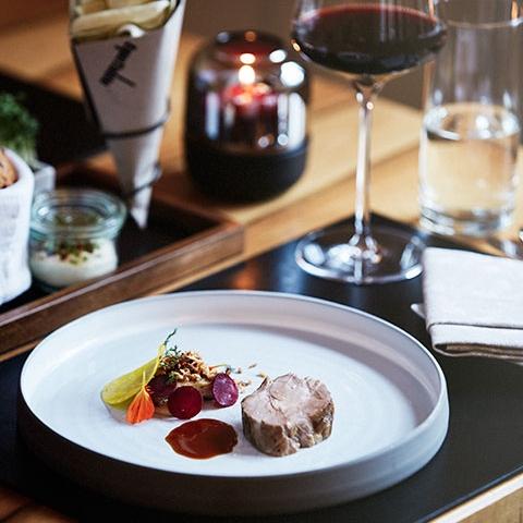 1.März.2017, Jamie Oliver Magazin    Eat like a local in Zurich
