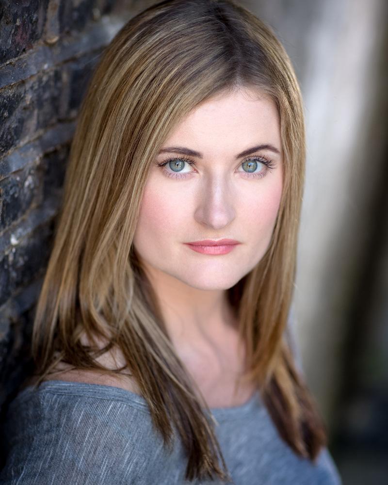Erin Siobhan Hutching Headshot 1.jpg