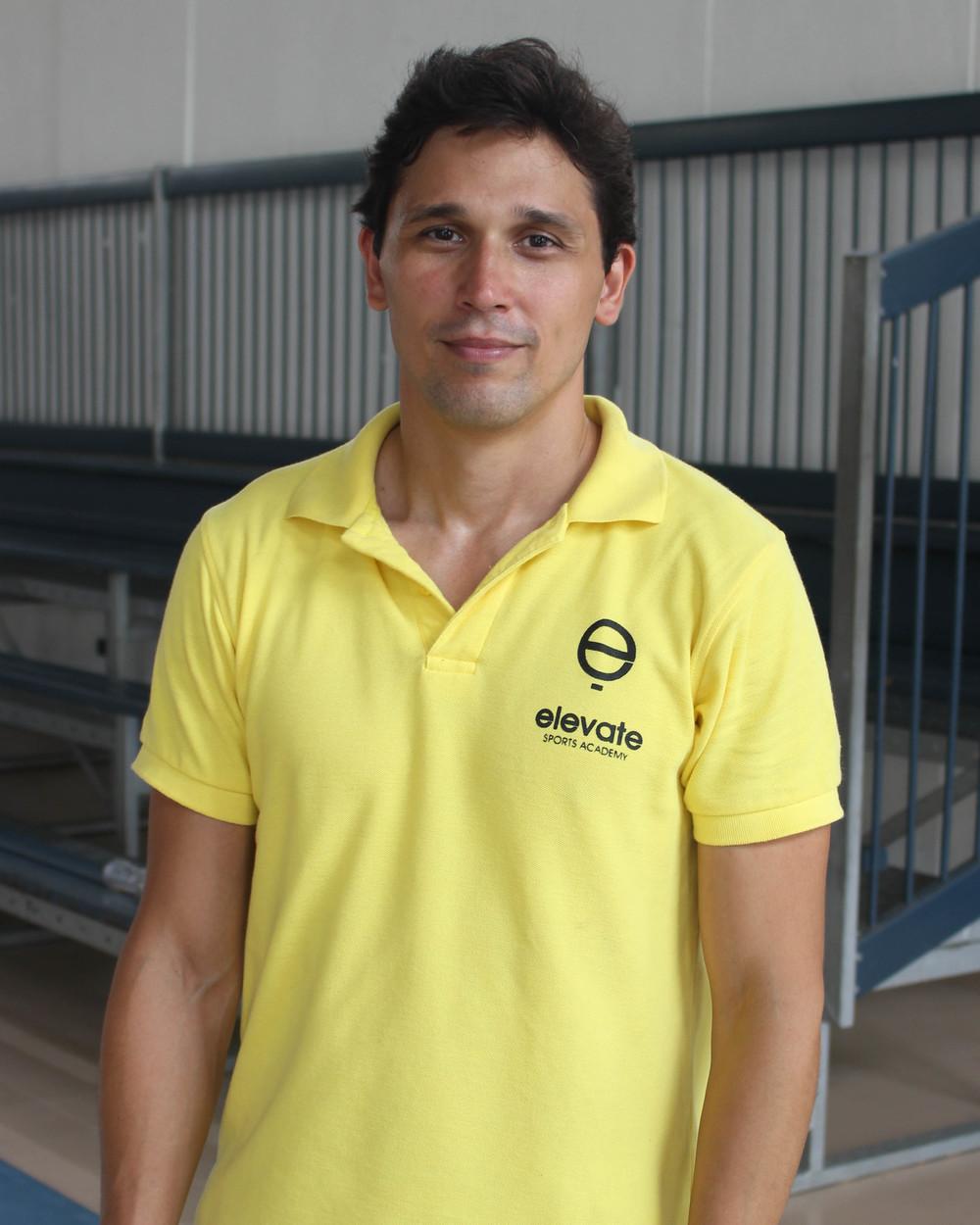 Coach Eski