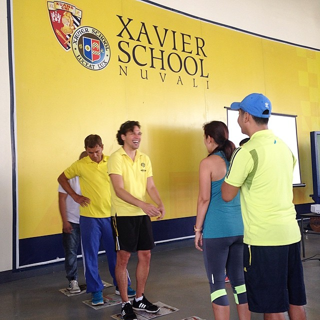 Coach @eskiripoll doing what he does best with @elevatesportsph #Workshop #LearningNeverStops #Passion #Nuvali #Laguna #raiseyourgame