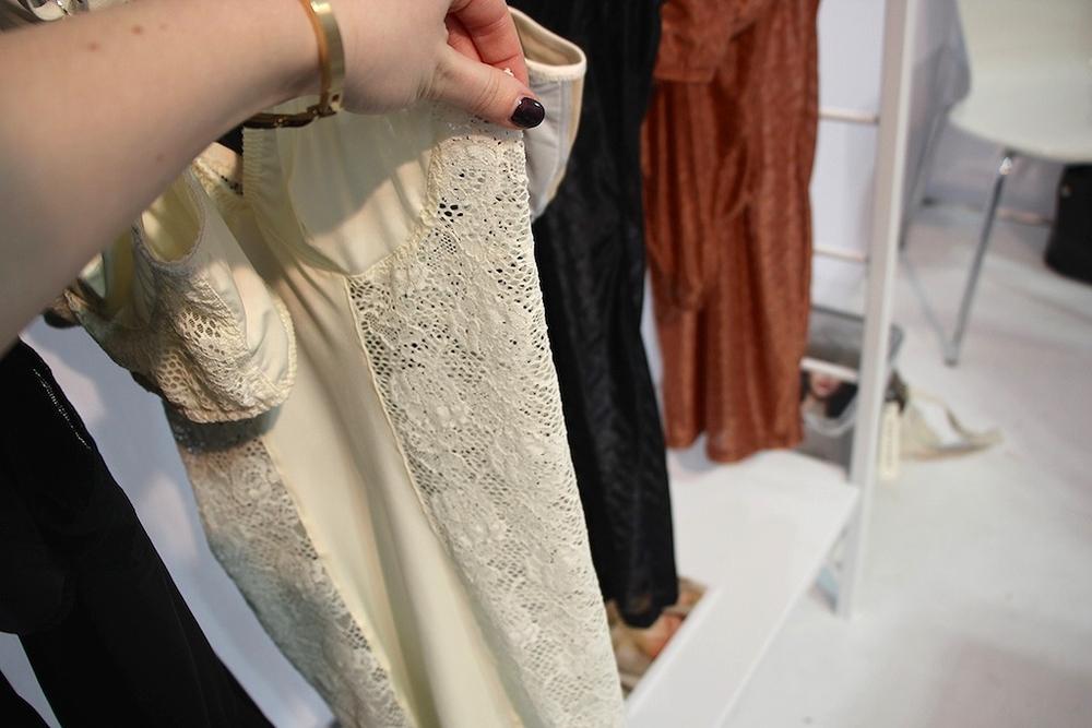 Mira Slip in Ivory, S-XL