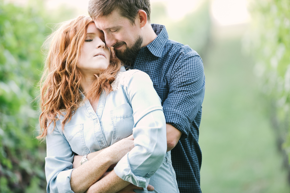 21-edgefield_engagement_fashion_photography_christa_taylor-199.jpg