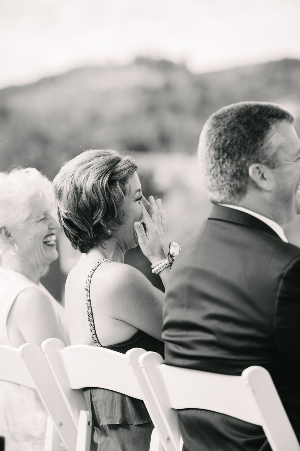 12-zenith-vineyard-wedding-portland-oregon-christa-taylor-photography.jpg