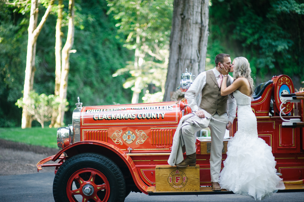 Firefighter Wedding Oregon City Or Christa Taylor Photography