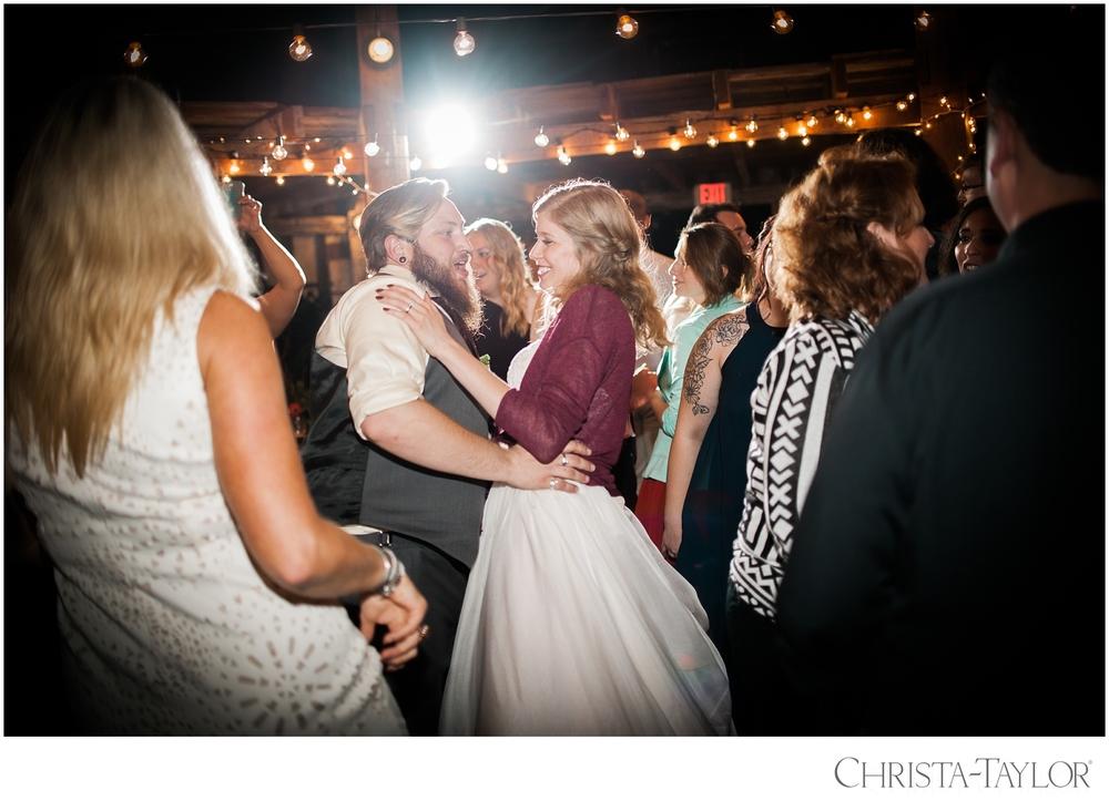cornelius pass wedding christa taylor_2248.jpg