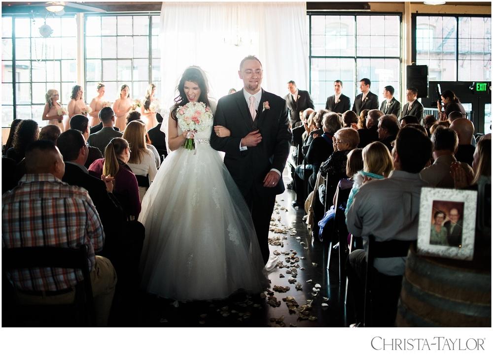 castaway portland wedding christa taylor_2280.jpg