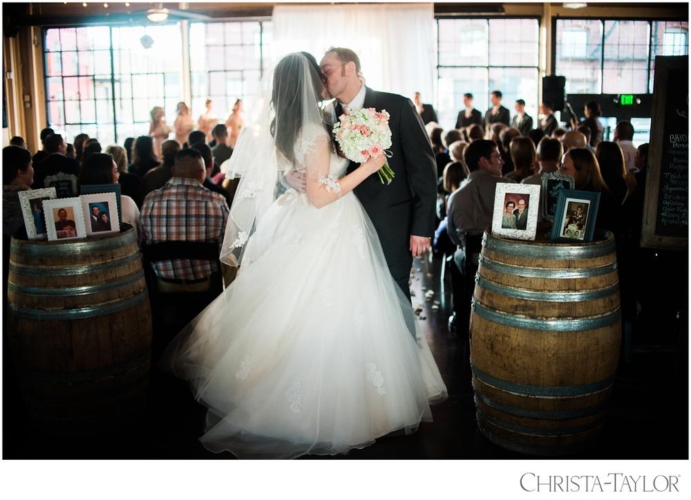 castaway portland wedding christa taylor_2281.jpg