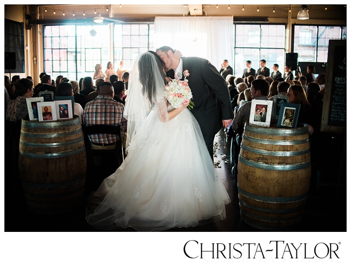 castaway portland wedding christa taylor_2293.jpg