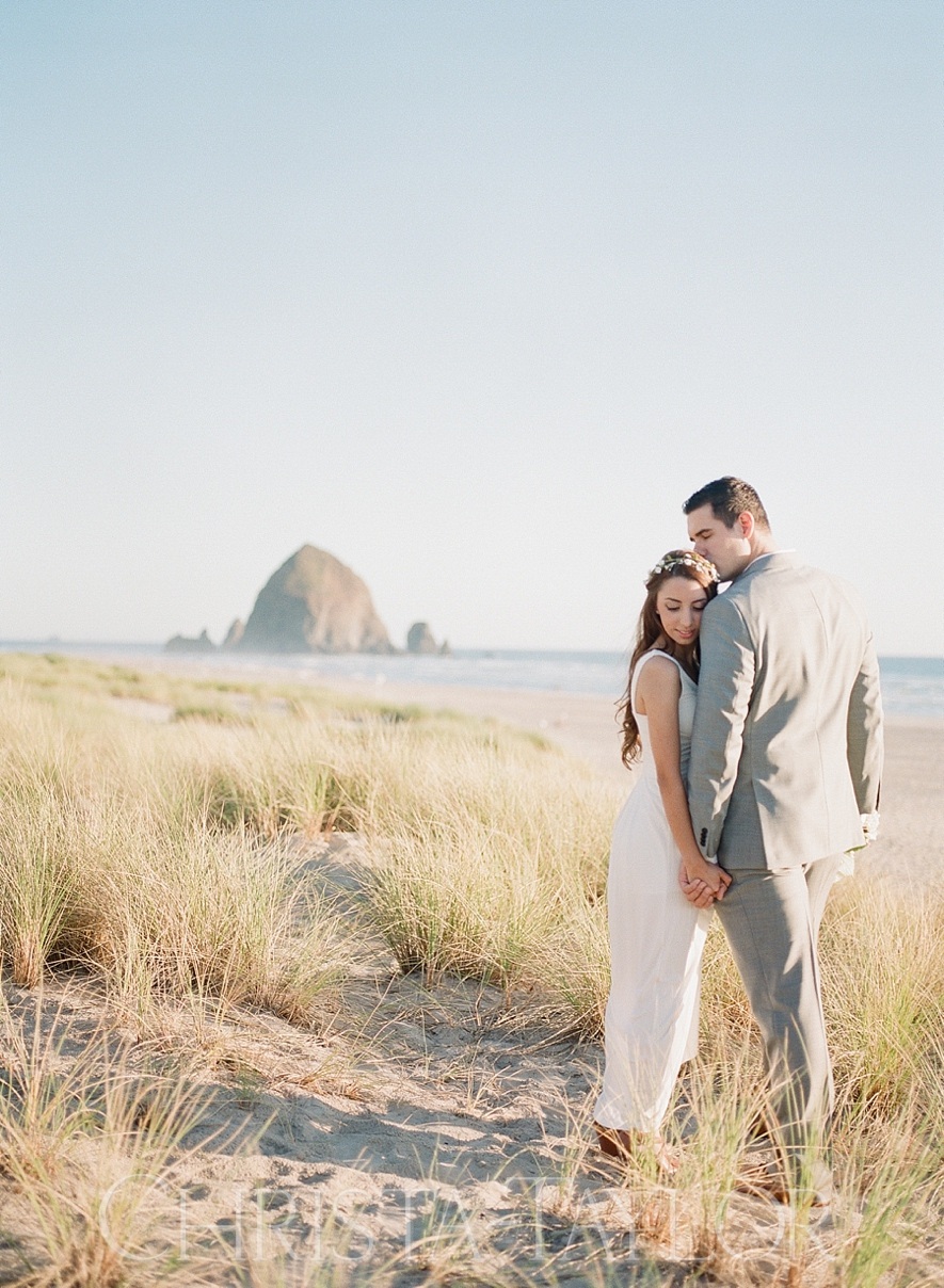 cannon beach elopement_0431.jpg