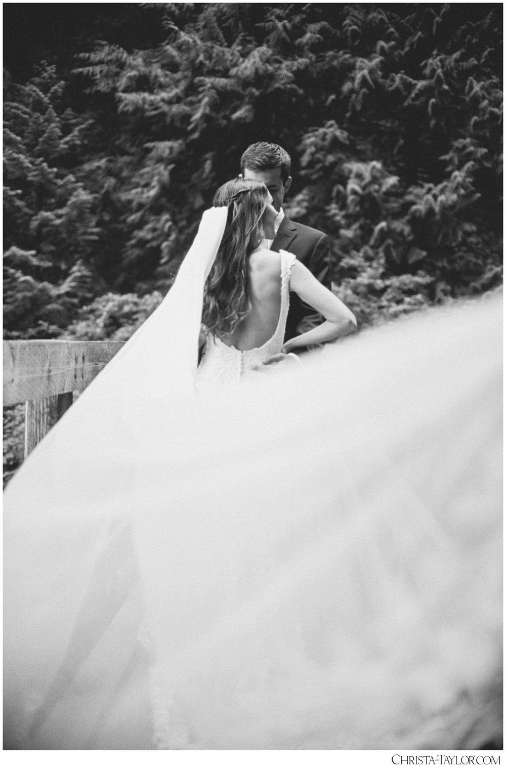 wahclella falls elopement_0633.jpg