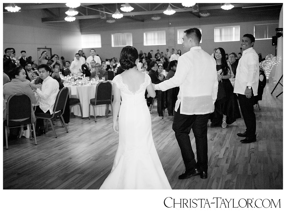 holy rosary church wedding portland_1078.jpg