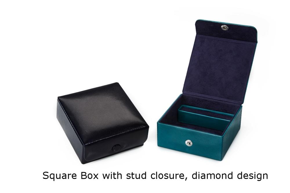 Square Box with stud closure Diamond.jpg