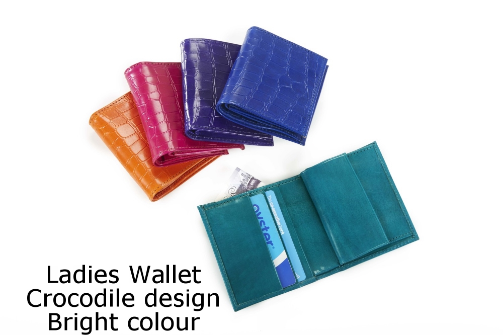 Ladies Wallet Crocodile Bright.jpg