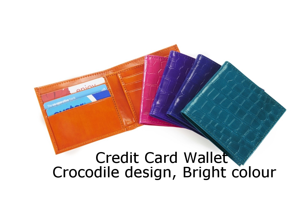 Credit Card Wallet Crocodile Bright.jpg