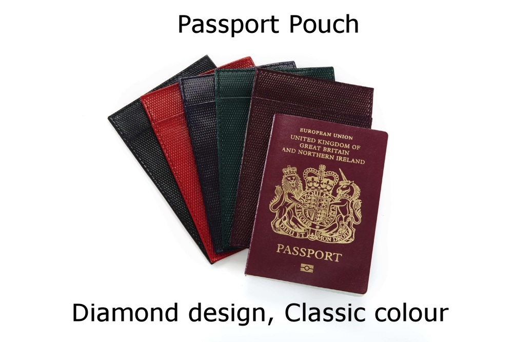 Passport Pouch Diamond Classic.jpg