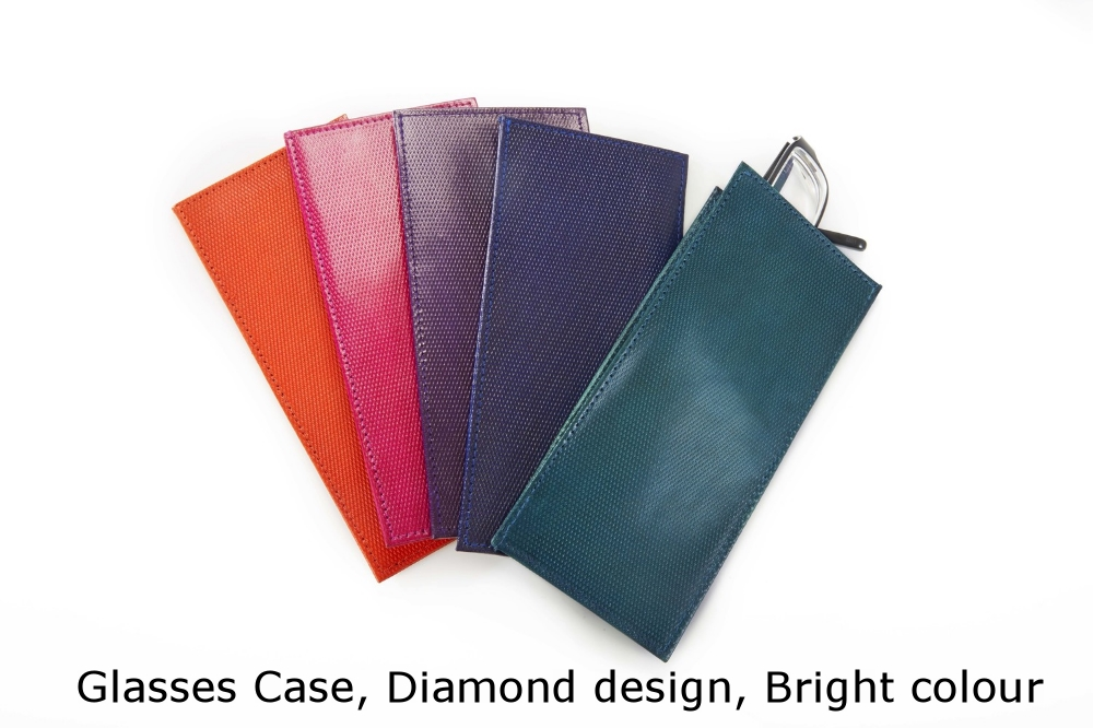 Glasses Case Diamond Bright.jpg