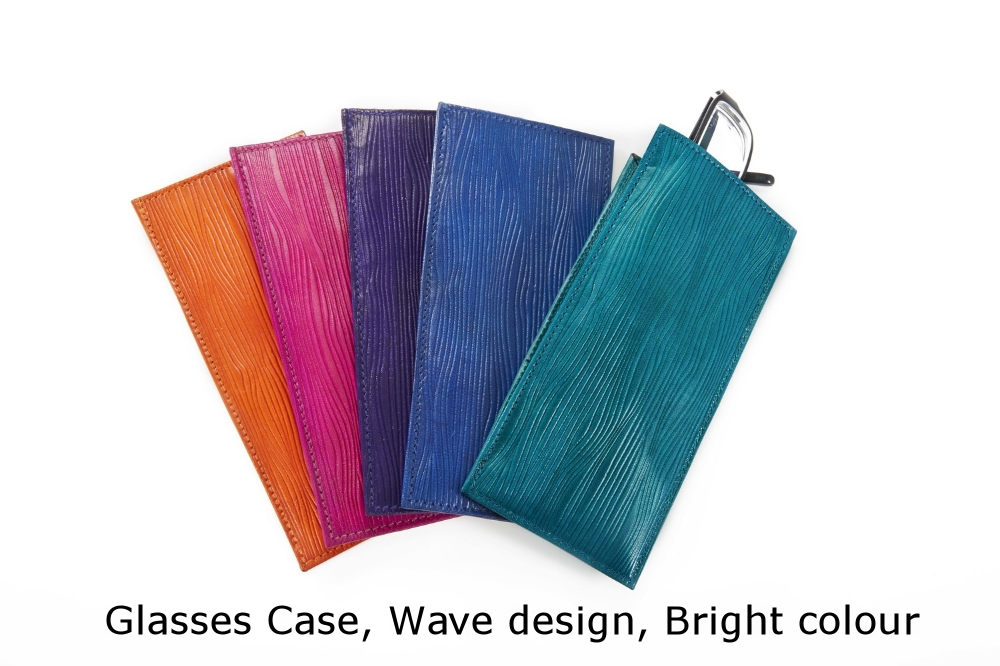 Glasses Case Wave Bright.jpg