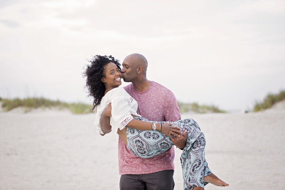 pawleys island sc family beach portraits - couple photography