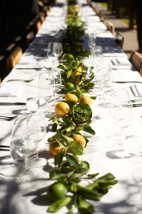 Casual citrus-filled tablescape (Image from)