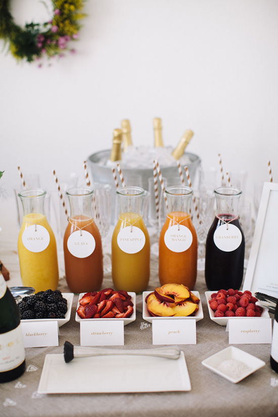 Who doesn't love mimosas? And with a variety of adorable offerings...I'm in love! Image via  Design Love Fest