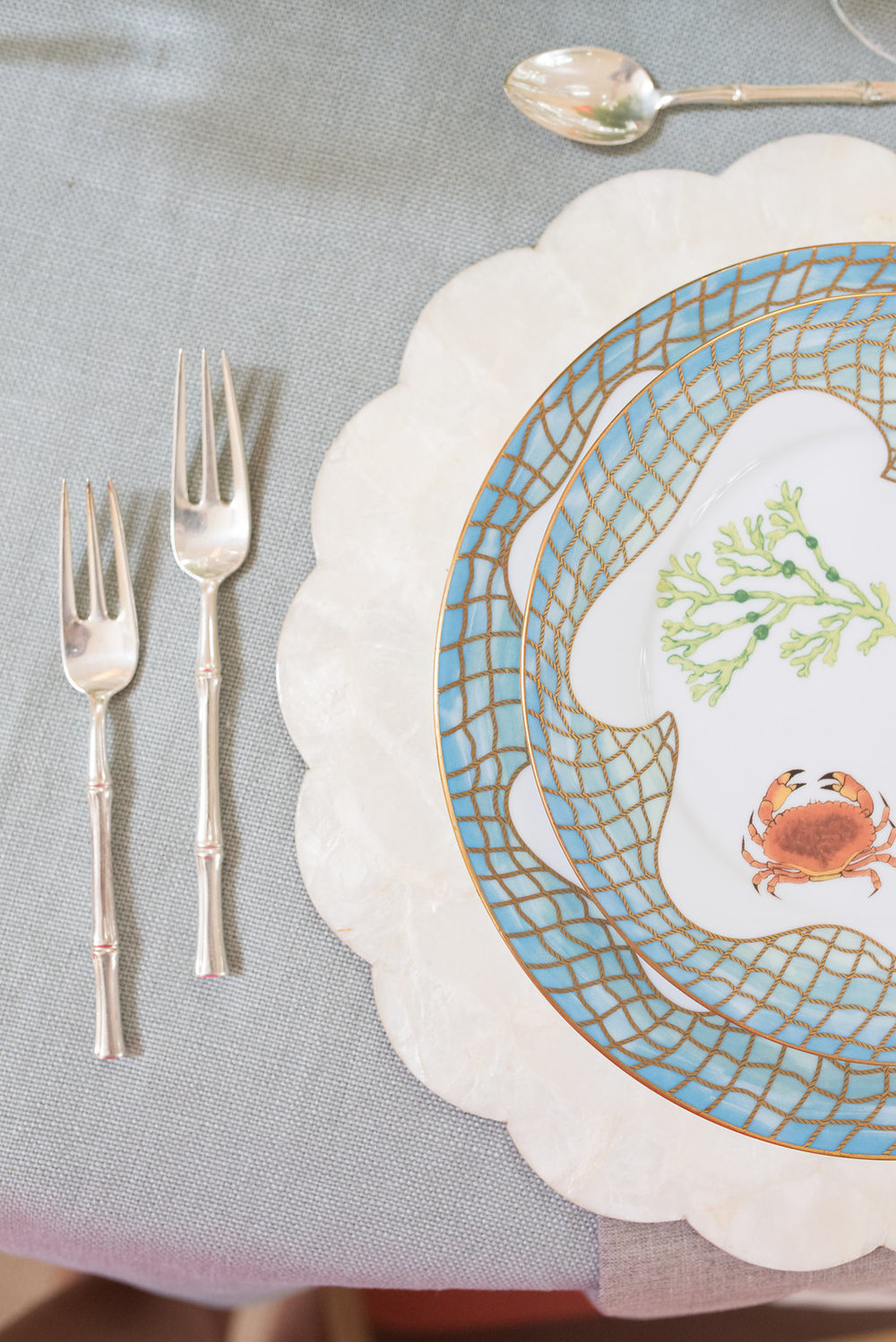 A close up of the sea motif table set up!