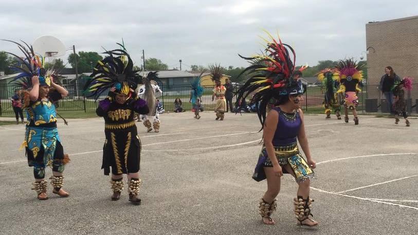 Danza Azteca at Dobie MS 4.jpg