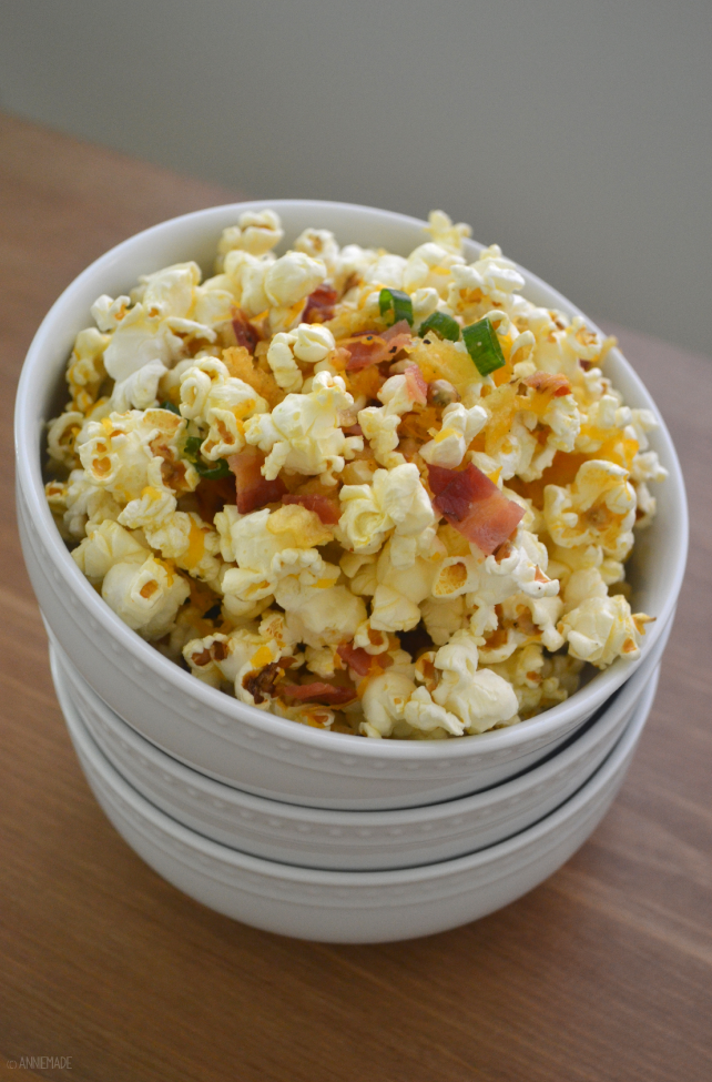 Baked potato popcorn