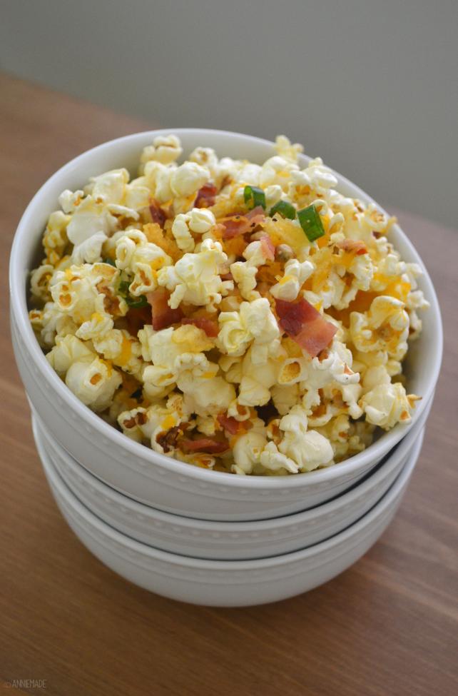 Baked potato popcorn