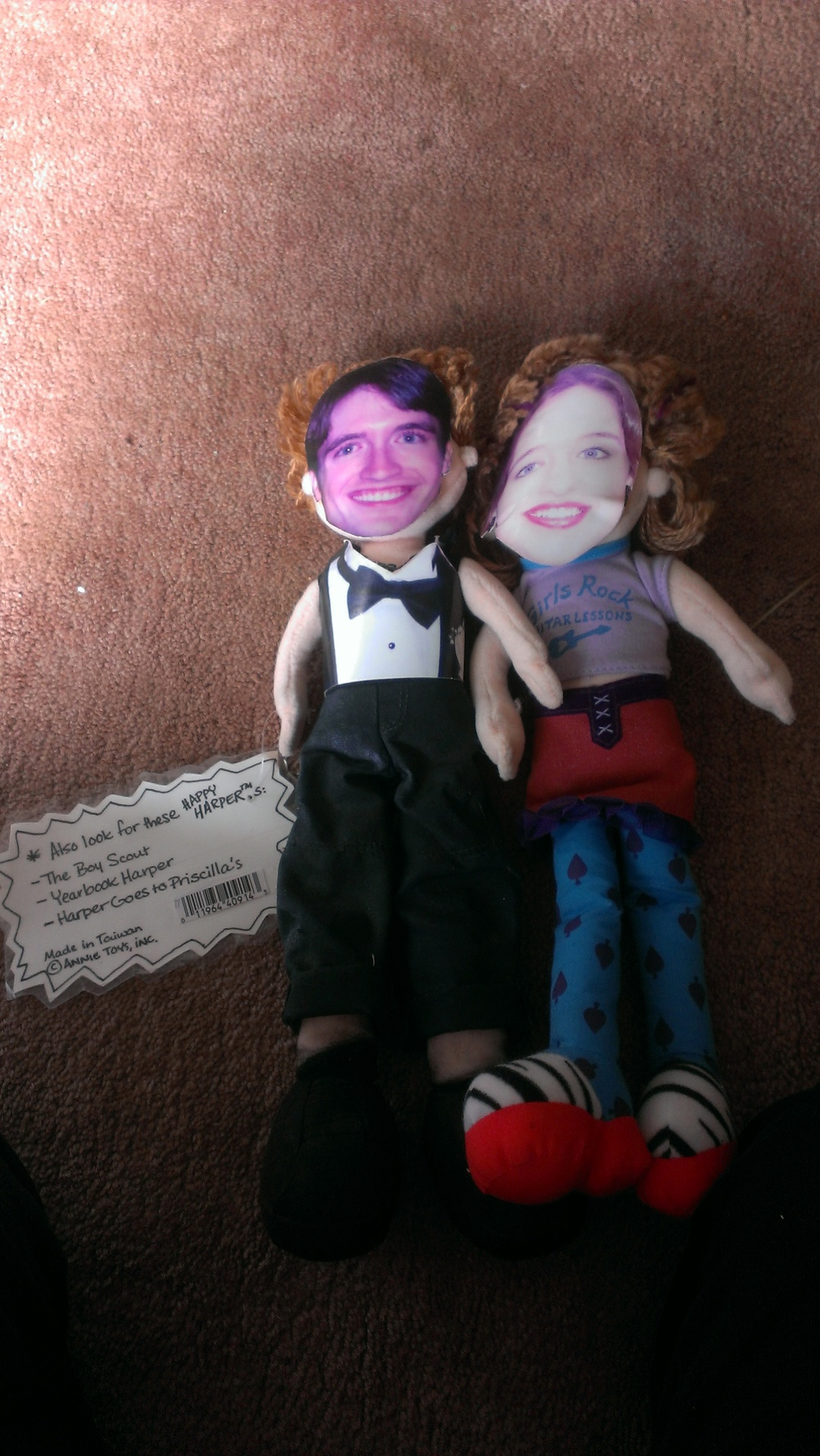 anniemade // Make dolls of yourself to give as gifts at going-away parties