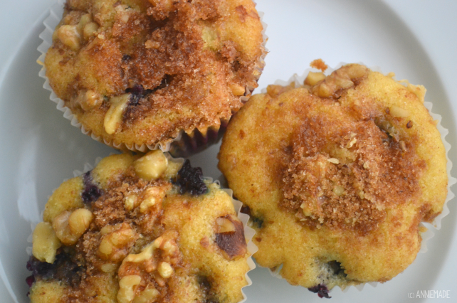 anniemade // Amazingly Easy Cake Mix Blueberry Muffins (and can be gluten-free too!)