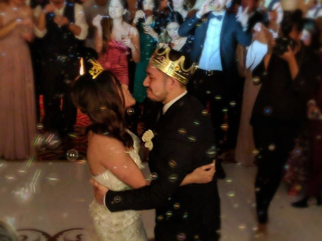 Last dance with a bubble send-off on the dance floor. I always love a dance floor send-off, surrounded by friends and family. . . . #houstonwedding #houstonweddingplanner #brideandgroom #sayido #husbandandwife #bride&groom #husband&wife #wedding #weddingdecor #bride #groom #lastdance