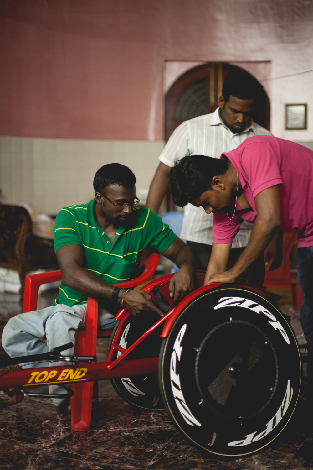Unveiling and assembling of the Ferrari of sports wheelchairs!