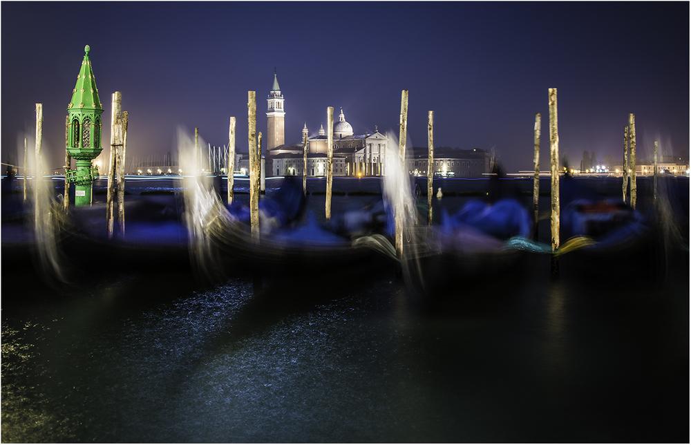 Спят усталые гондолы. Венеция 2014