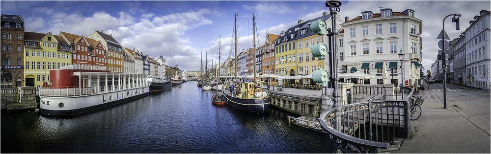 Красочная набережная Ньхавн (Копенгаген)