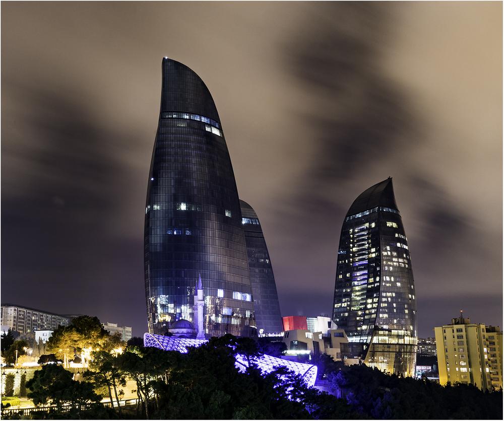 Flame Towers - новая достопримечательность Баку. Самые высокие здания во всем Азербайджане