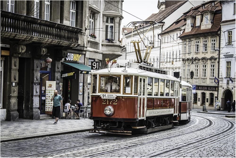 Пражский музейный маршрут работает с апреля по октябрь и только по выходным дням
