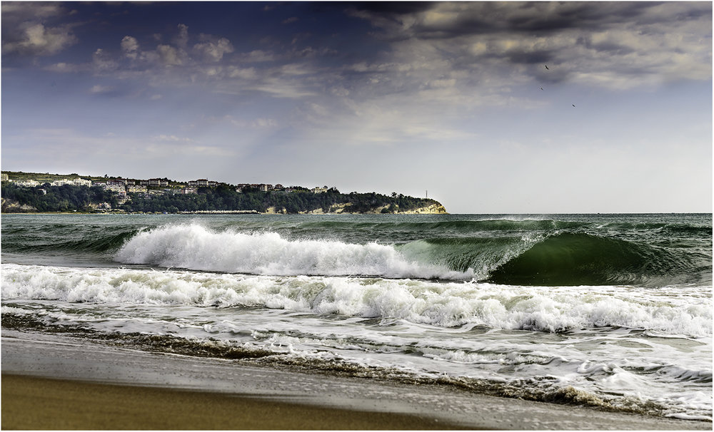 Потрясающие волны в Обзоре