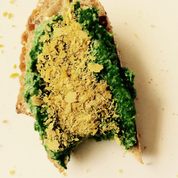 vegan ramp pesto with nutritional yeast on top