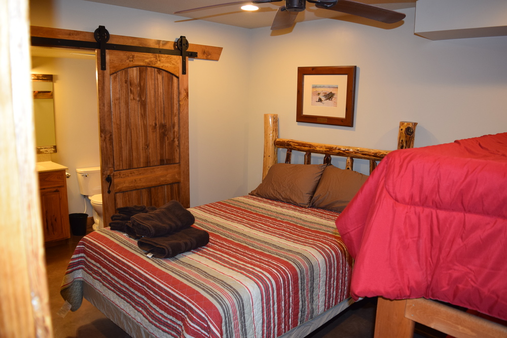 Bedroom with en-suite and bunk beds.