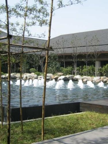 Jian Lake CH.jpg