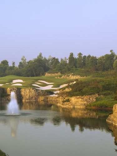 LH Golf.jpg