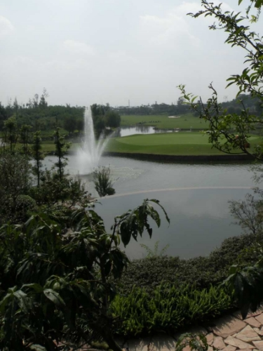 LH Golf clubhouse view sm.JPG