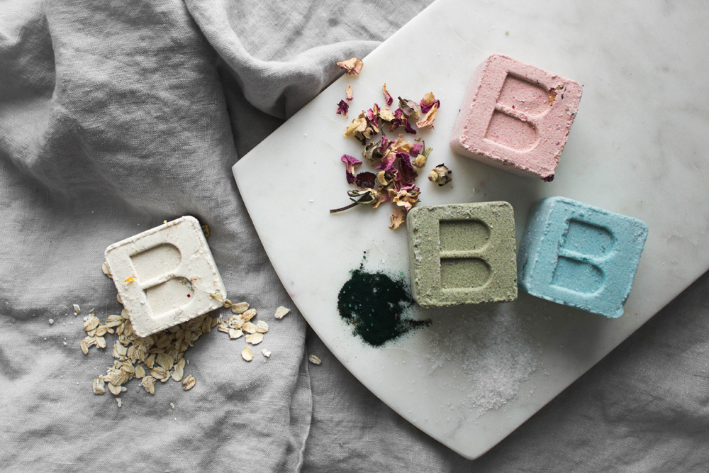 bare-skin-bar-bath-bombs-with-natural-ingredients-oats-shea-butter-spirulina-sea-salt-rose