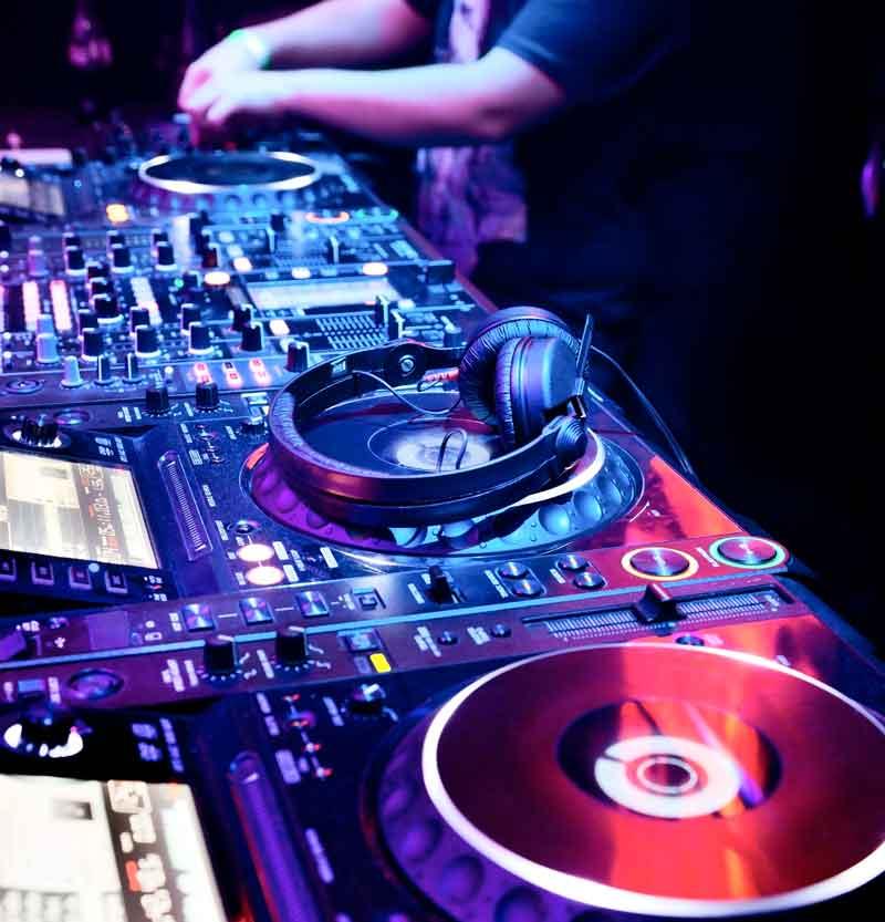 DJ-Banner.jpg
