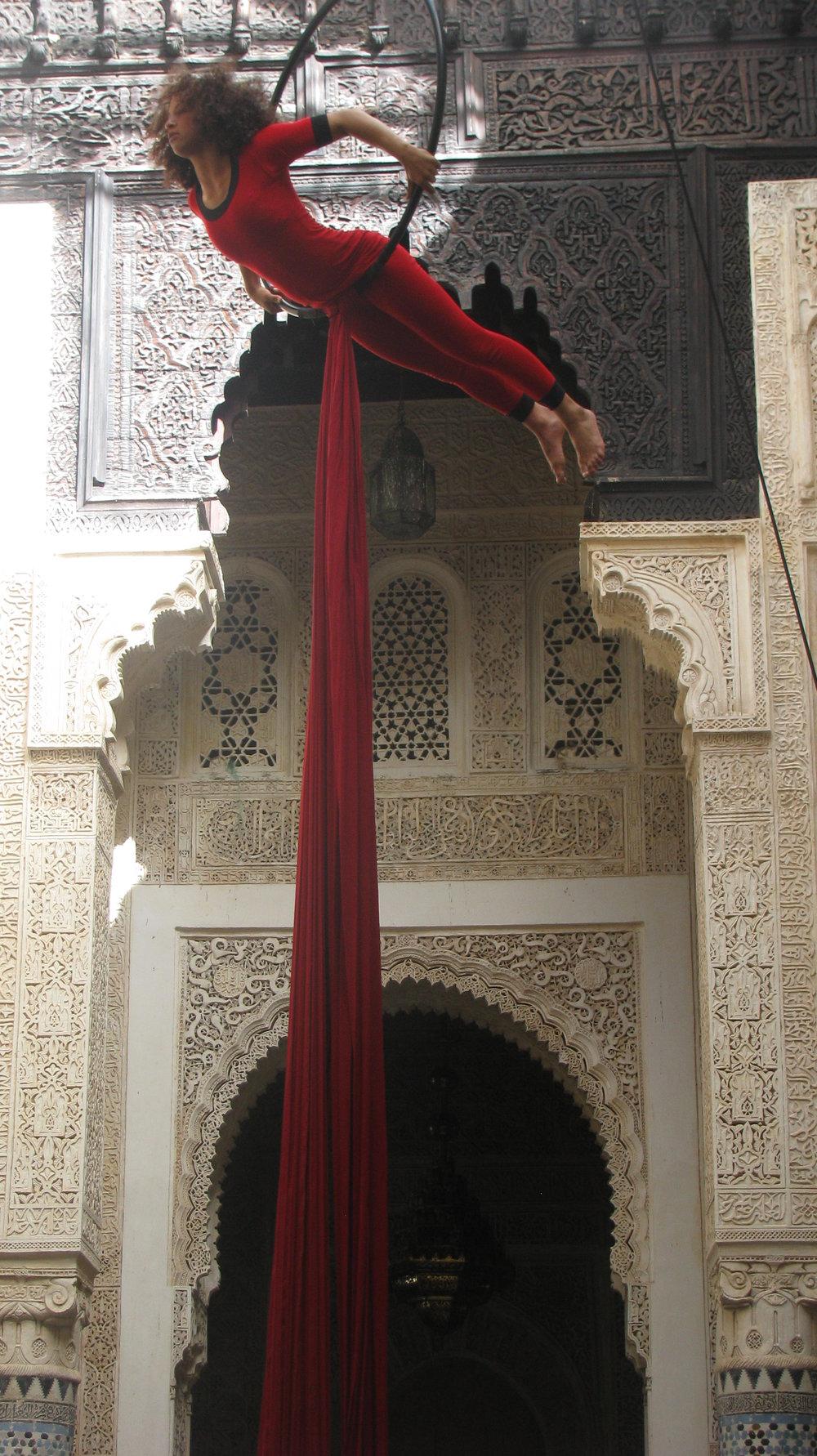 Cirque Shems'y performer Hajar