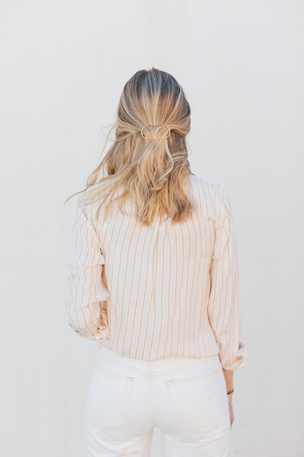 Hair Inspiration // How to style hair with a barrette for Spring and Summer // The Girl Guide // Stephanie Trotta