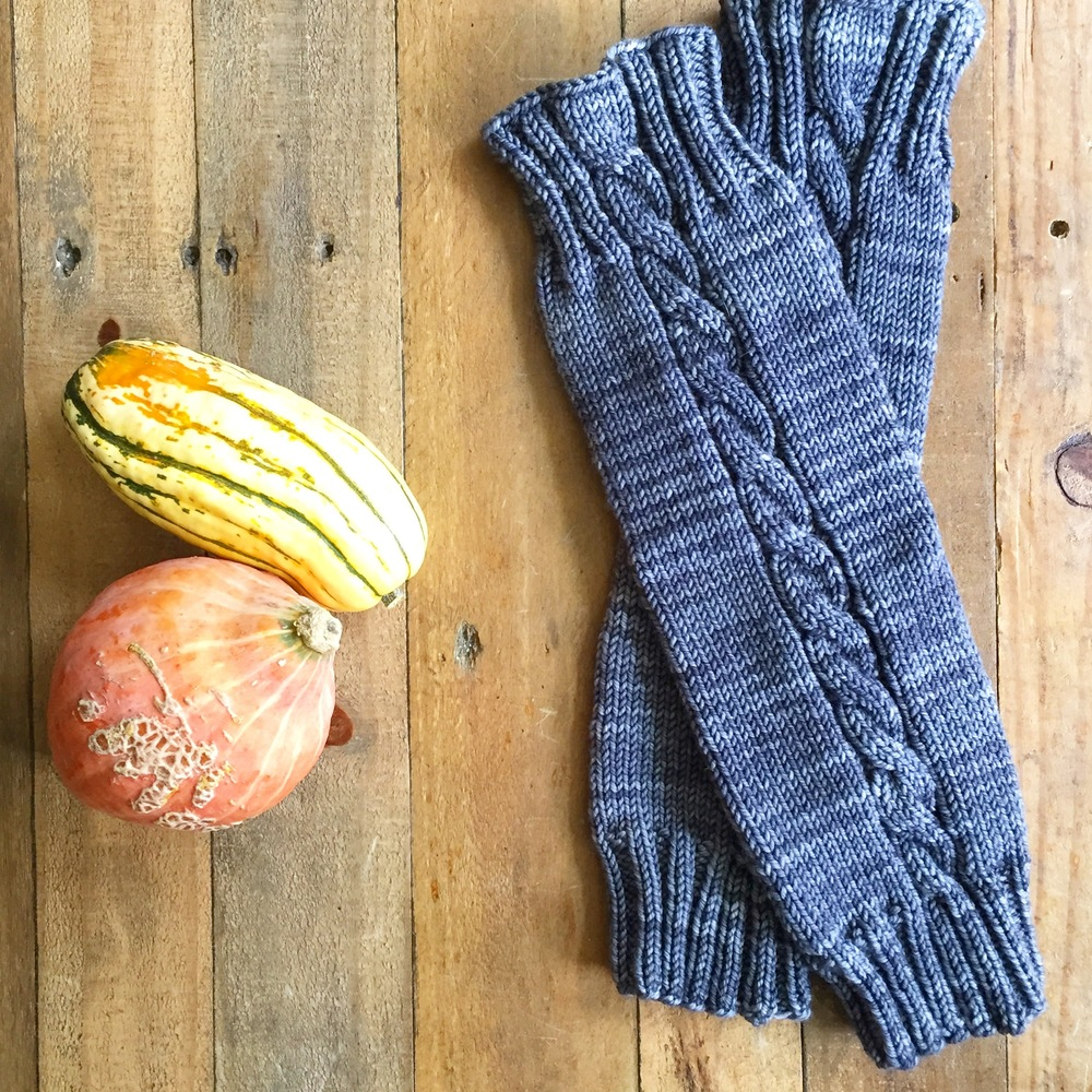 Desolation Cable Leg Warmers — ThingsKnit