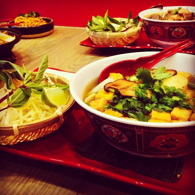 Papa Bay's secret pho recipe - Veggie Pho Chay & bone broth msg-free Beef Pho Bo