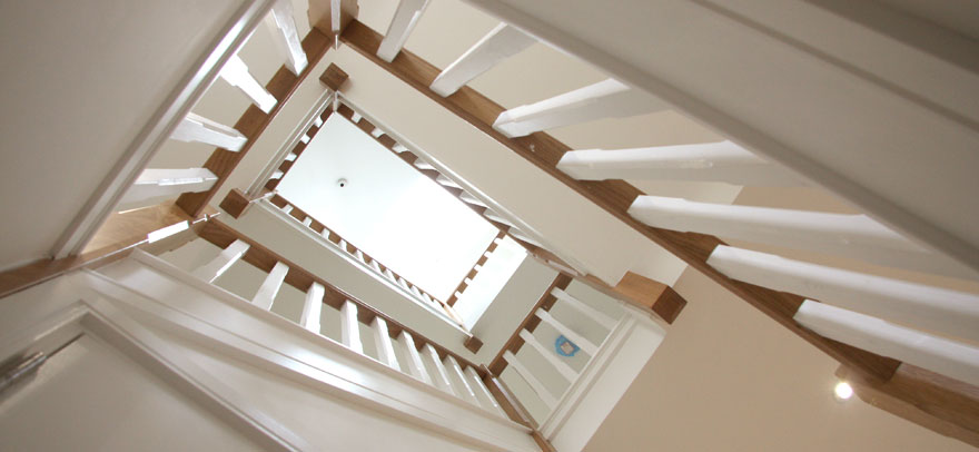 oak_and-painted_staircase.jpg
