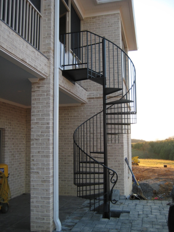 Beautiful-Spiral-Staircase-Outdoor.jpg